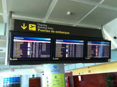 Tenerife South Airport Live Departures Board